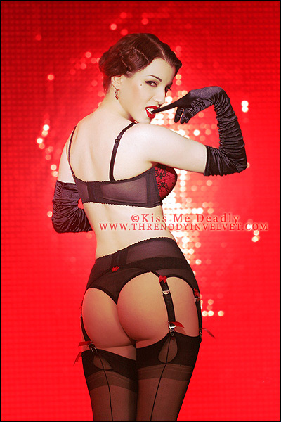 Kiss_Me_Deadly_by_ladymorgana