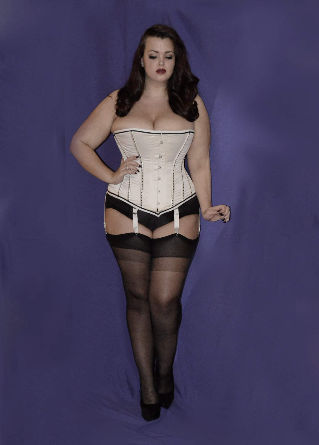 Big tit girl wearing corset