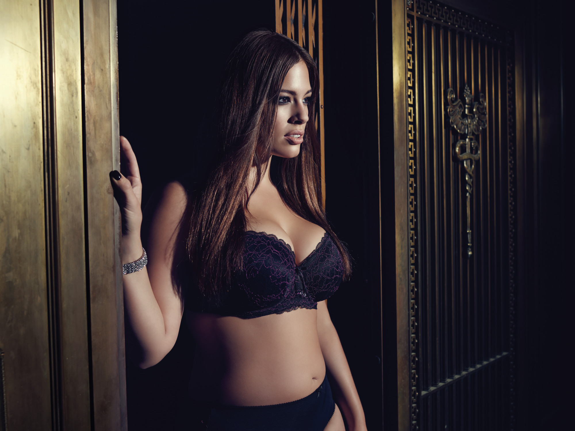Ashley Graham exclusive at navabi - second collection 5